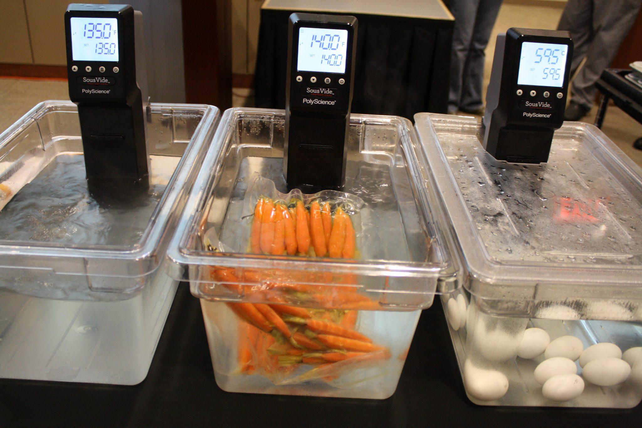 Máy Sous Vide điều nhiệt, Sous Vide Cooking bằng máy Sous Vide LX